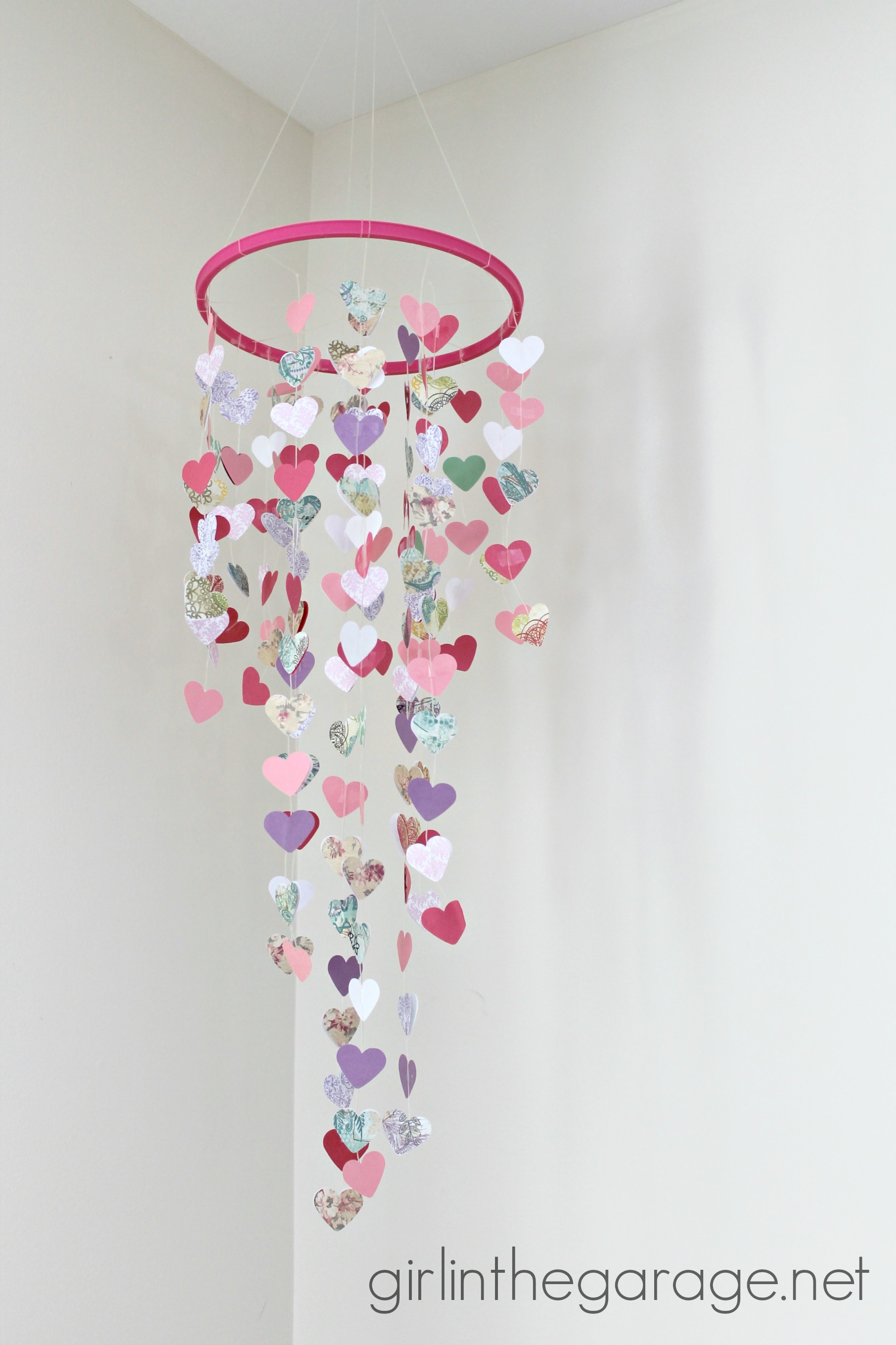 Hanging Hearts Diy Valentine S Mobile Girl In The Garage 174