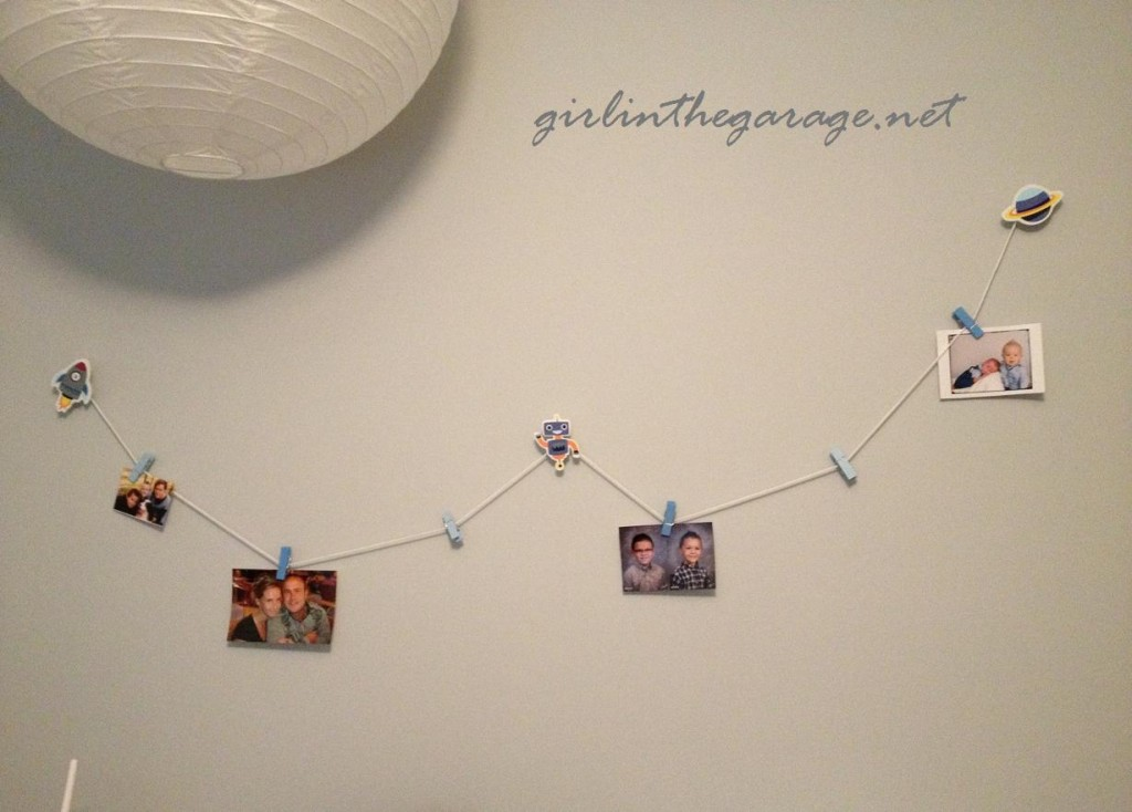 Moon and photo clips - Boy's bedroom - Girl in the Garage
