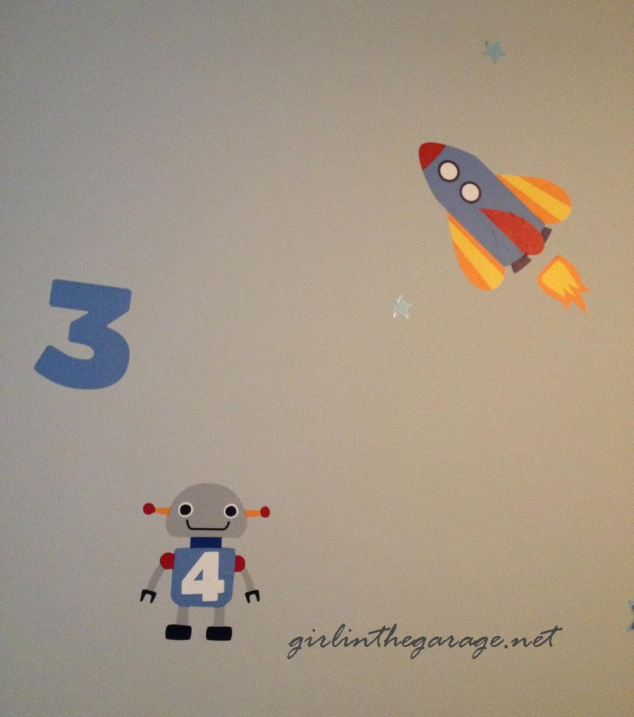 Space decals - Boy's bedroom - Girl in the Garage