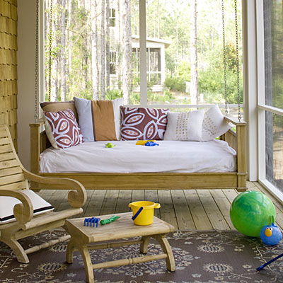Screened-in porch {Image via Southern Living}