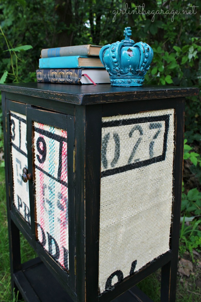 Accent table makeover using paint, Mod Podge, and burlap.  What a transformation!