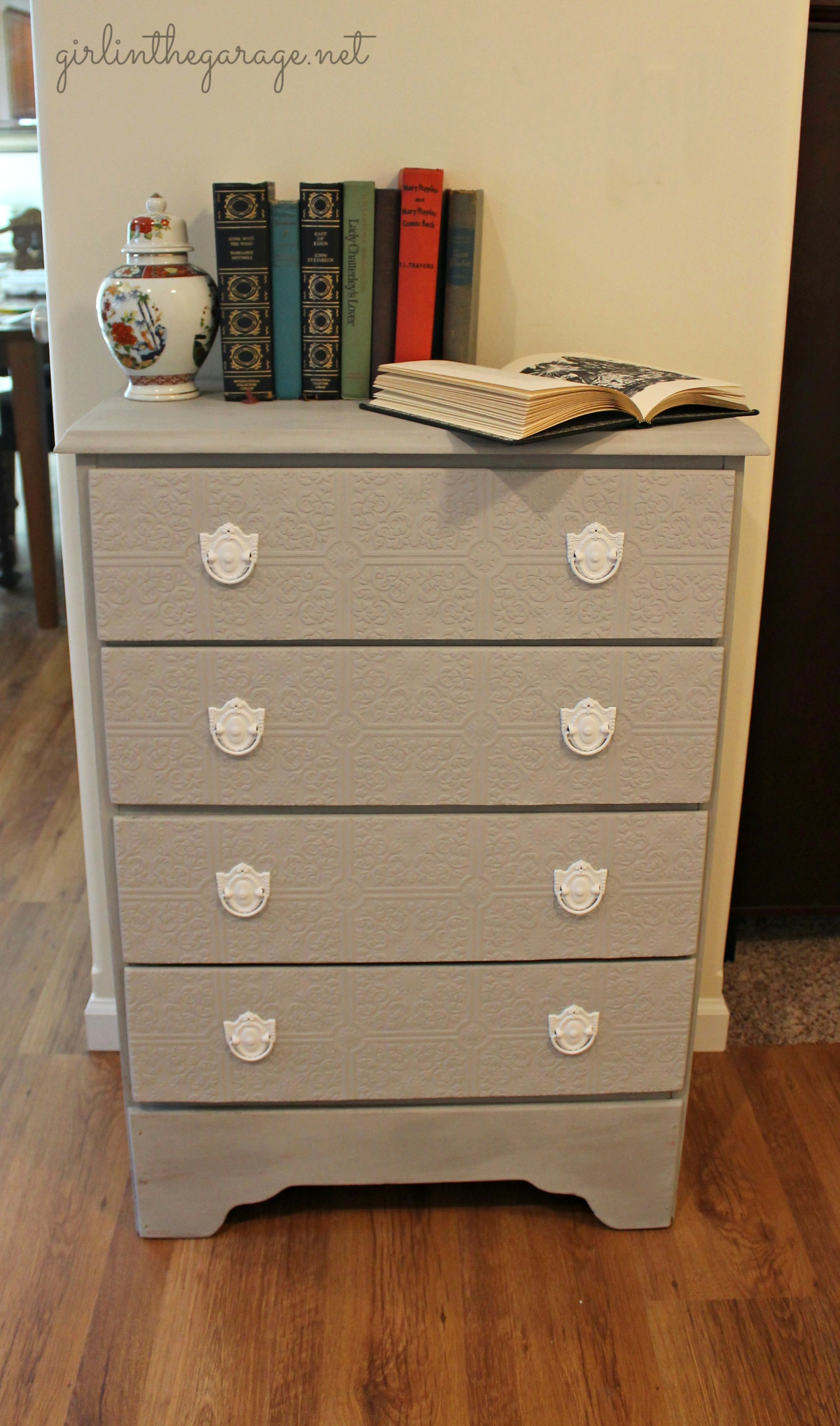 textured paintable wallpaper dresser - photo #3