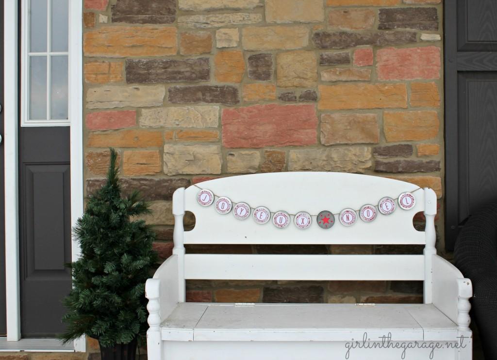 IMG_1785-mason-jar-lid-banner-porch