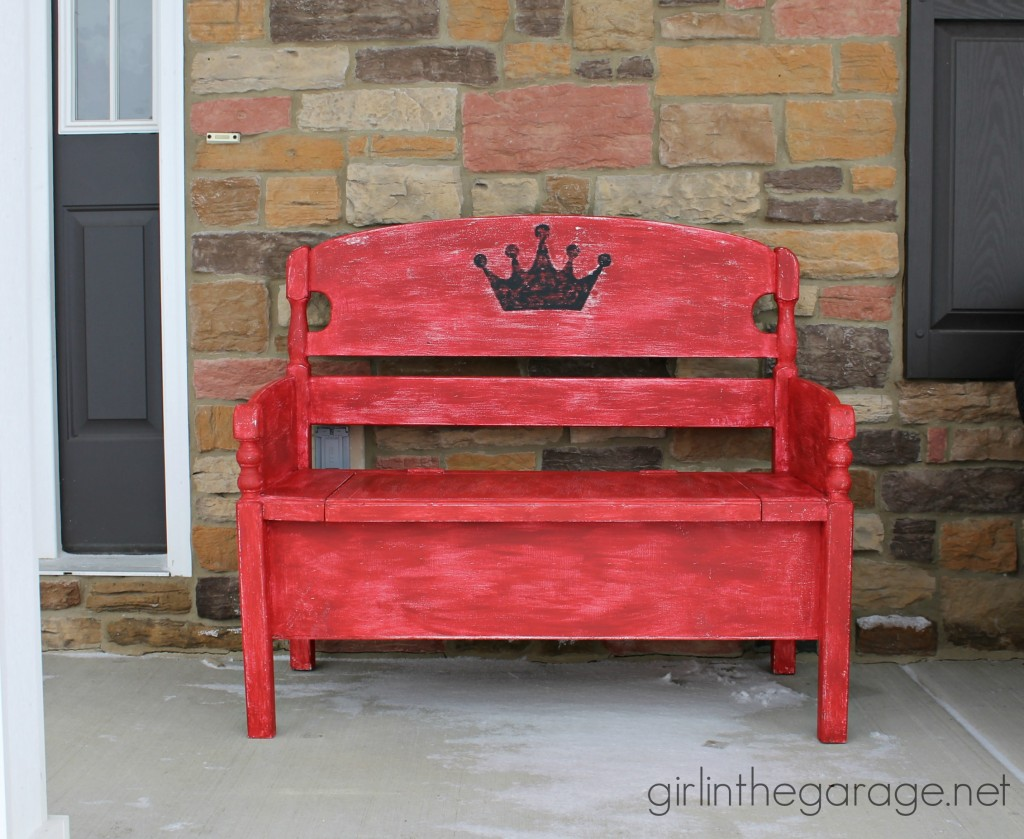 IMG_2074-red-bench-crown-wide