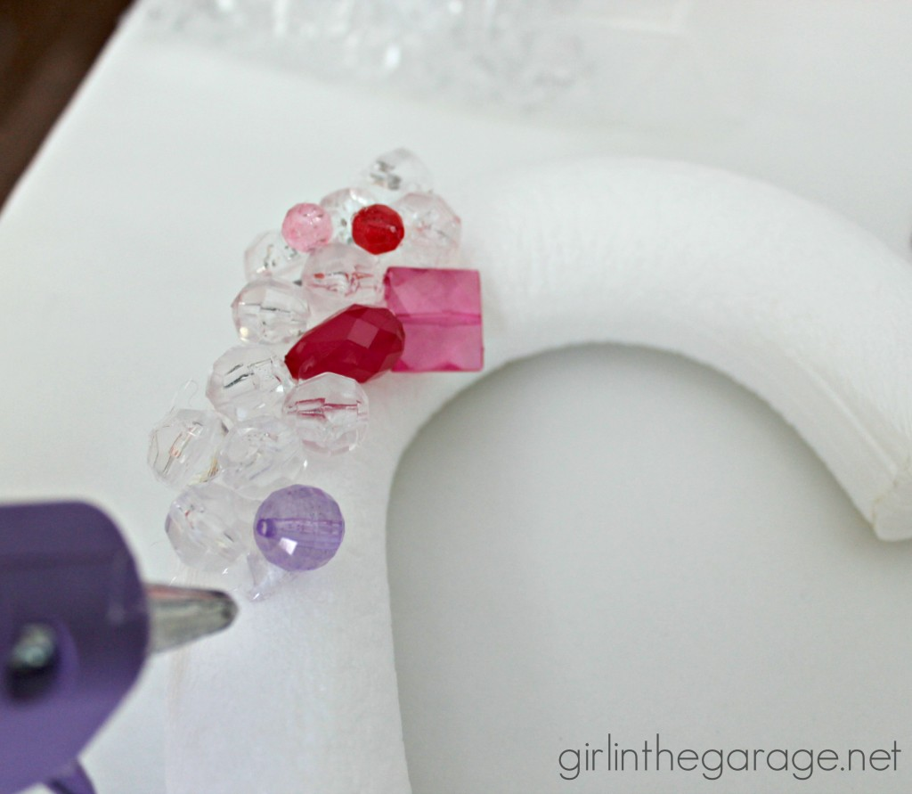 Beaded Heart Wreath I girlinthegarage.net - Add a little bling to your Valentine's decor!