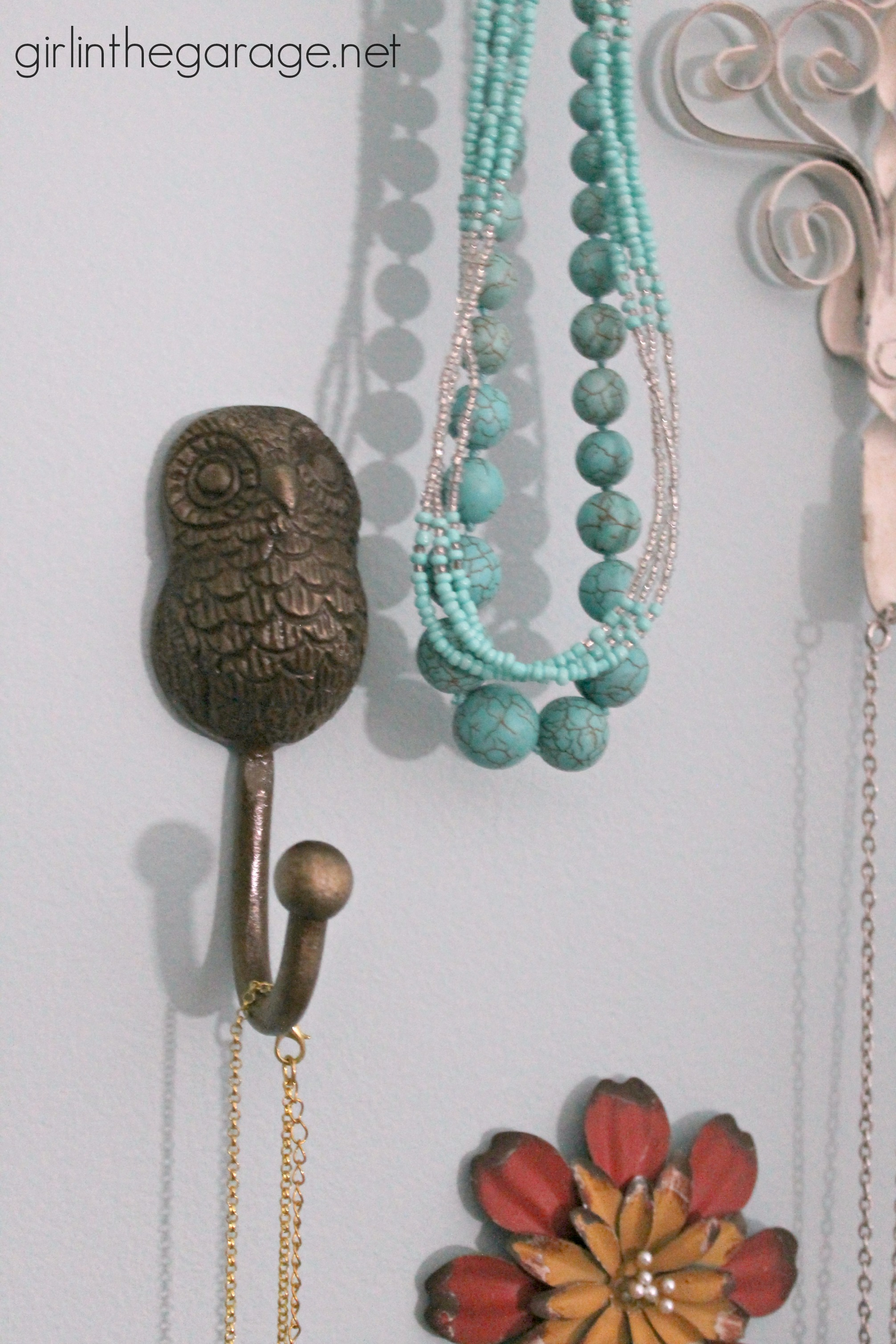 ... Pretty Wall Hooks as Jewelry Storage in the Bedroom I  girlinthegarage.net