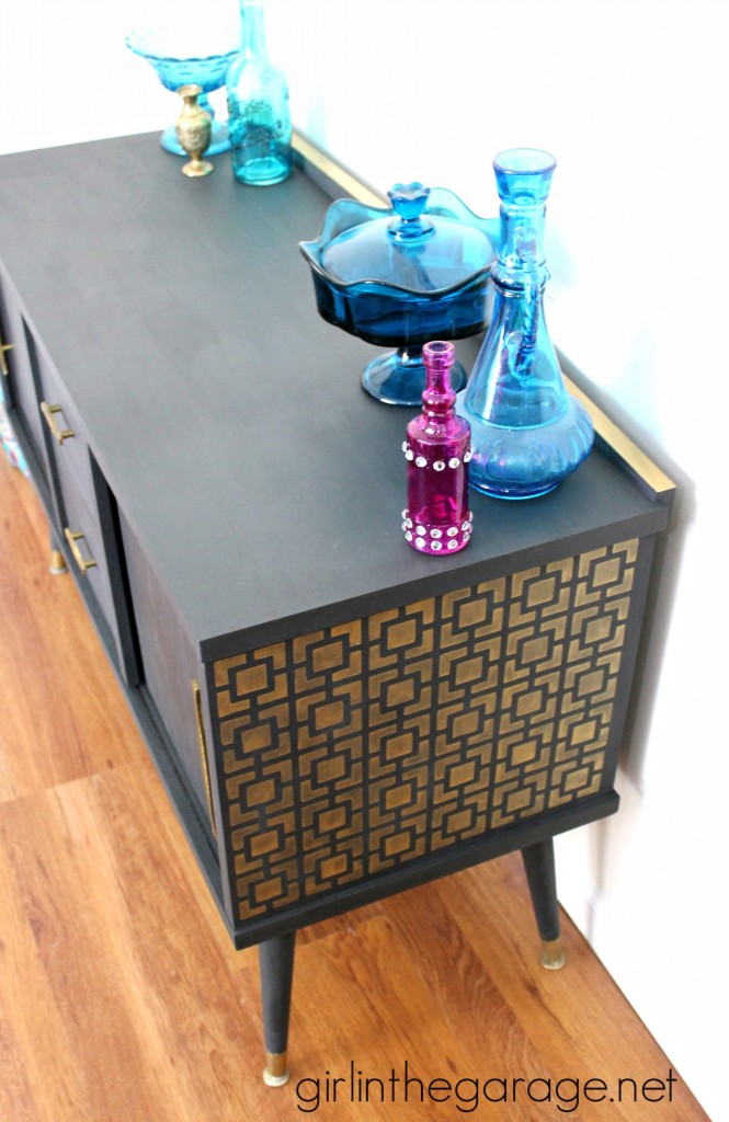 Midcentury Makeover with a Funky Surprise.  girlinthegarage.net