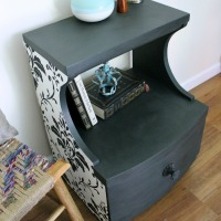IMG_3360-wallpaper-chalk-paint-table-redo-FEAT