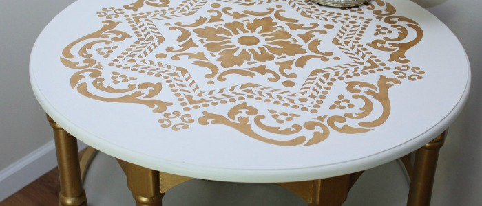 IMG_3859-metallic-gold-white-stenciled-table-makeover-FEAT
