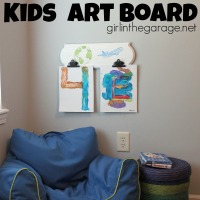 IMG_3910-diy-kids-art-wall-clip-board-FEAT