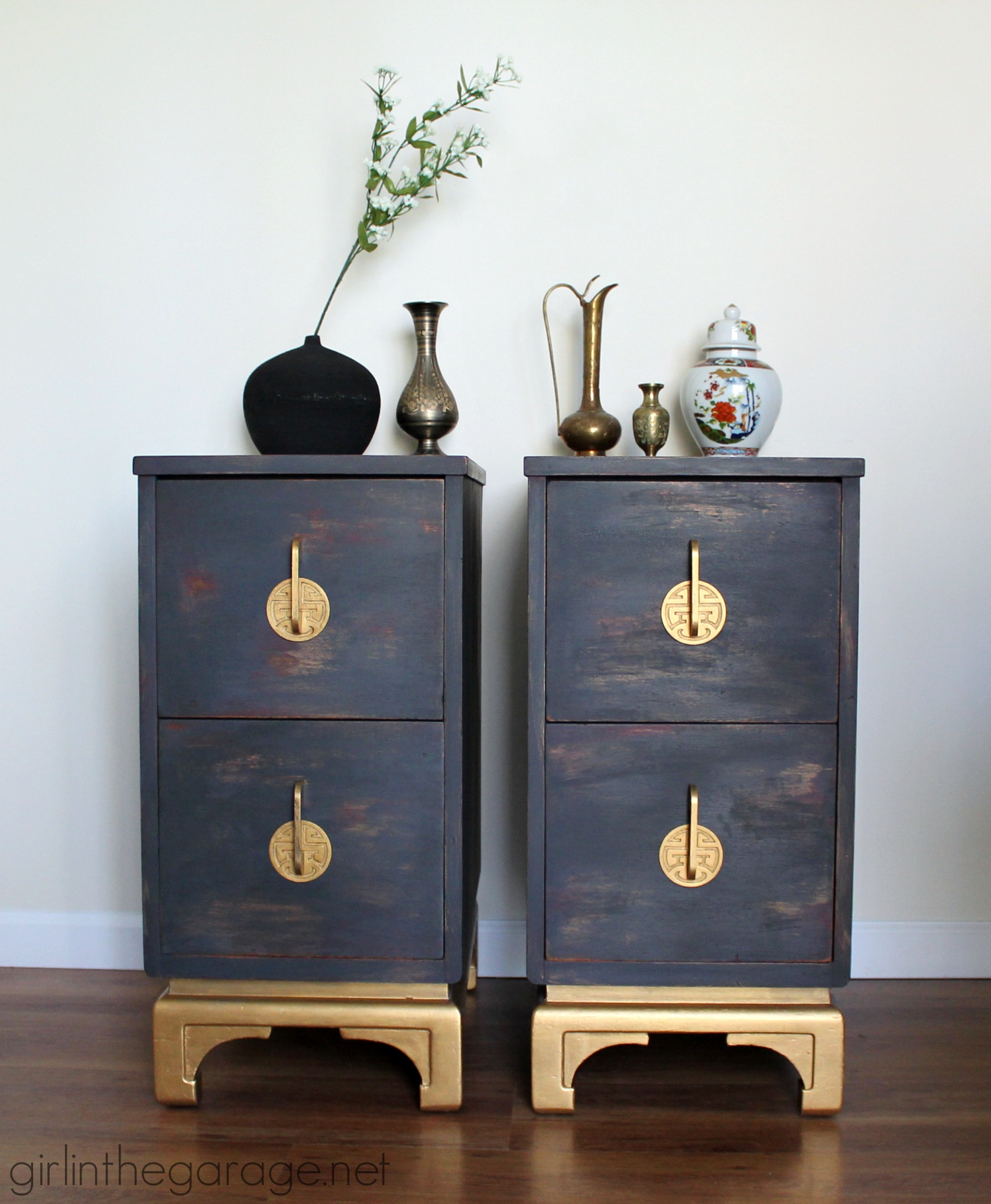 antique oriental nightstands get a makeover with chalk paint and metallic gold paint themed furniture asian themed furniture