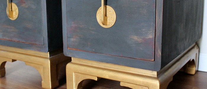 IMG_4261-oriental-nightstand-chalk-paint-gold-FEAT