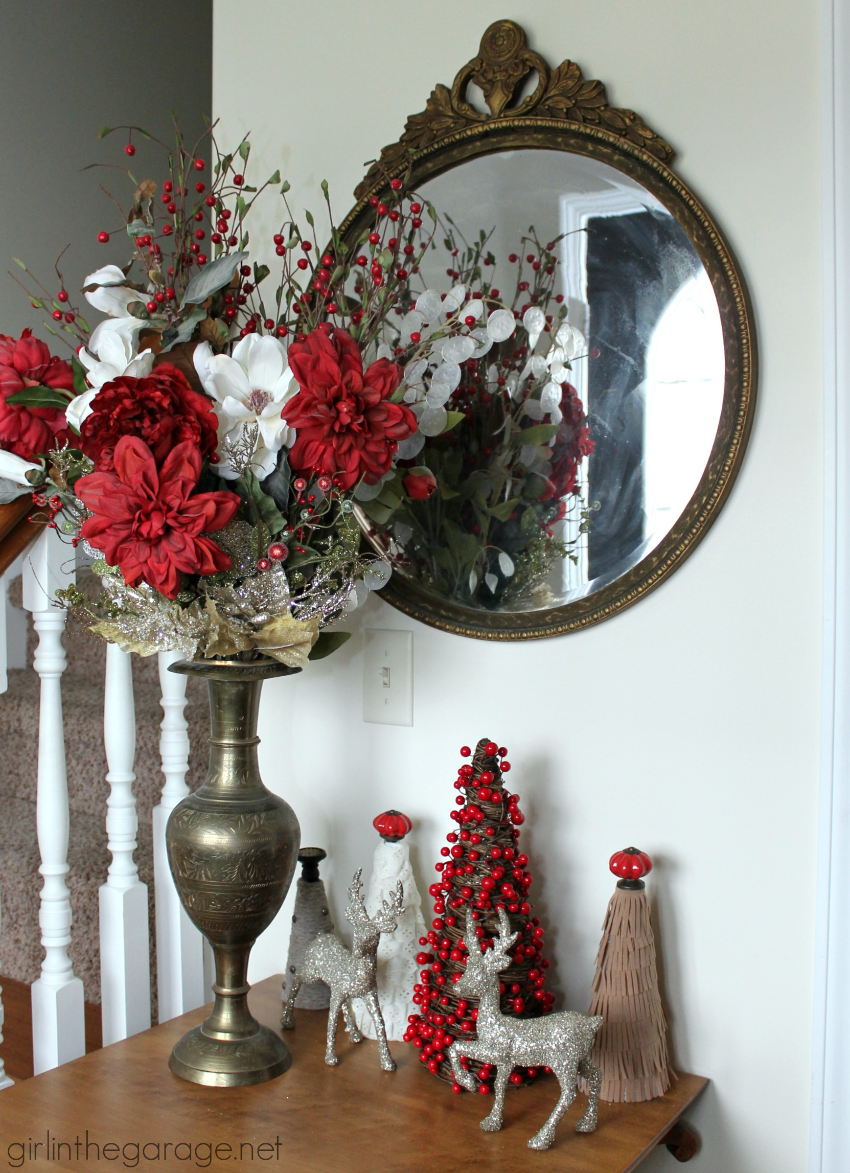 Decorating Foyer Table For Christmas : Christmas foyer and diy yarn wreath welcome home tour