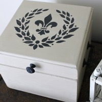 IMG_4910-french-fleur-de-lis-box-makeover-FEAT