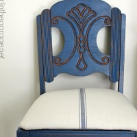 IMG_4928-blue-vintage-chair-makeover-grain-sack-FEAT