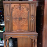 IMG_6450-antique-stereo-cabinet-FEAT