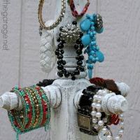 DIY Bracelet Stand – Lowe's DIY Days