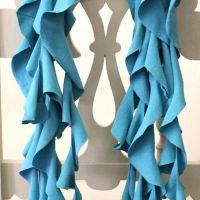 IMG_5559-diy-t-shirt-ruffle-scarf-FEAT