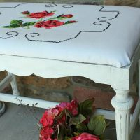 IMG_5570-antique-bench-makeover-pillowcase-fabric-FEAT