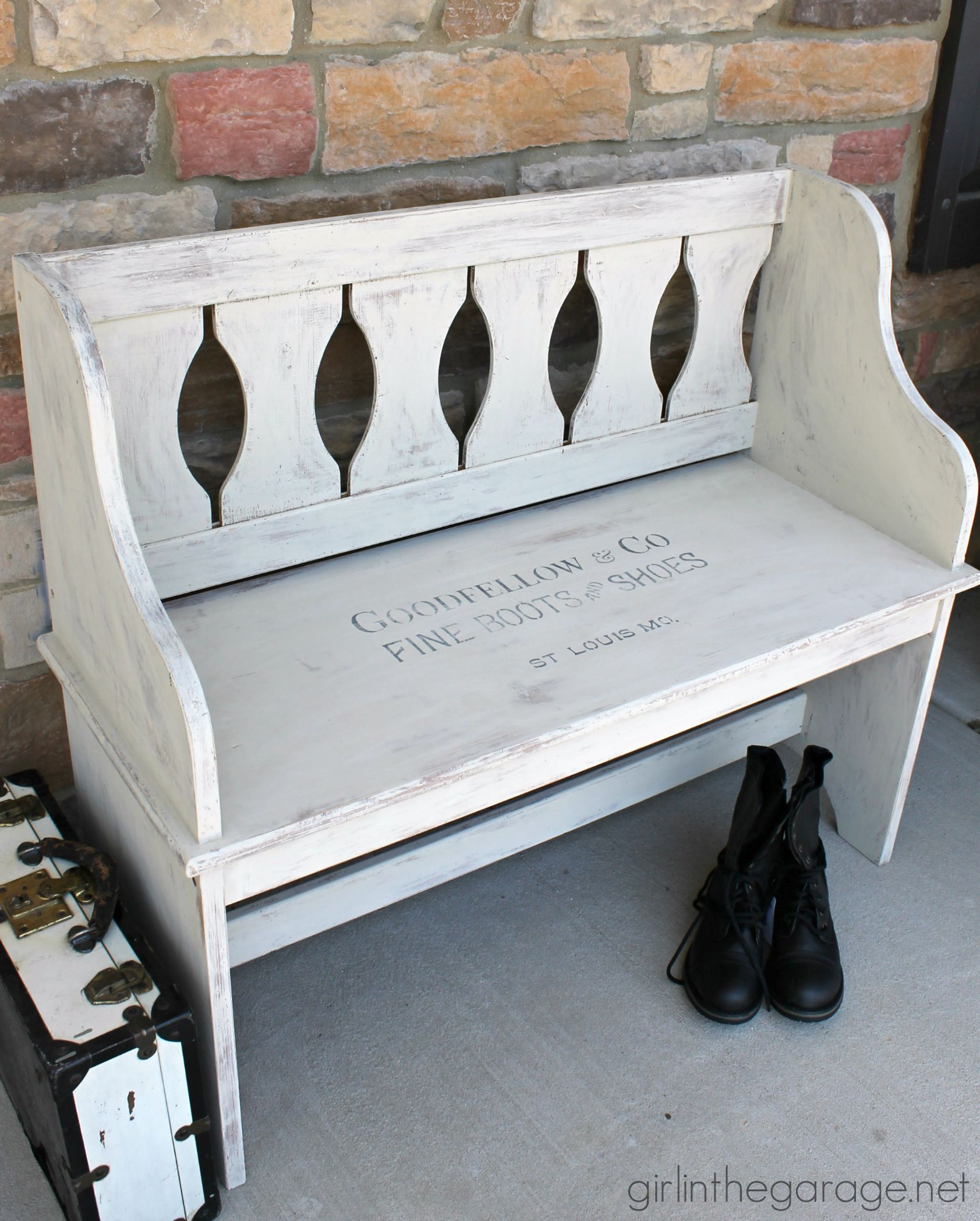Stenciled Bench Makeover with Chalk Paint - Girl in the Garage