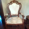 ornate-vintage-chair-before-FEAT