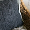 IMG_5889-upcycled-sweater-diy-pillow-ft