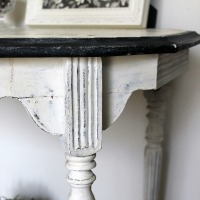 IMG_6195-distressed-white-table-makeover-ft
