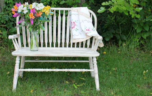 IMG_3512-distressed-antique-old-ochre-chalk-paint-bench-makeover-slider