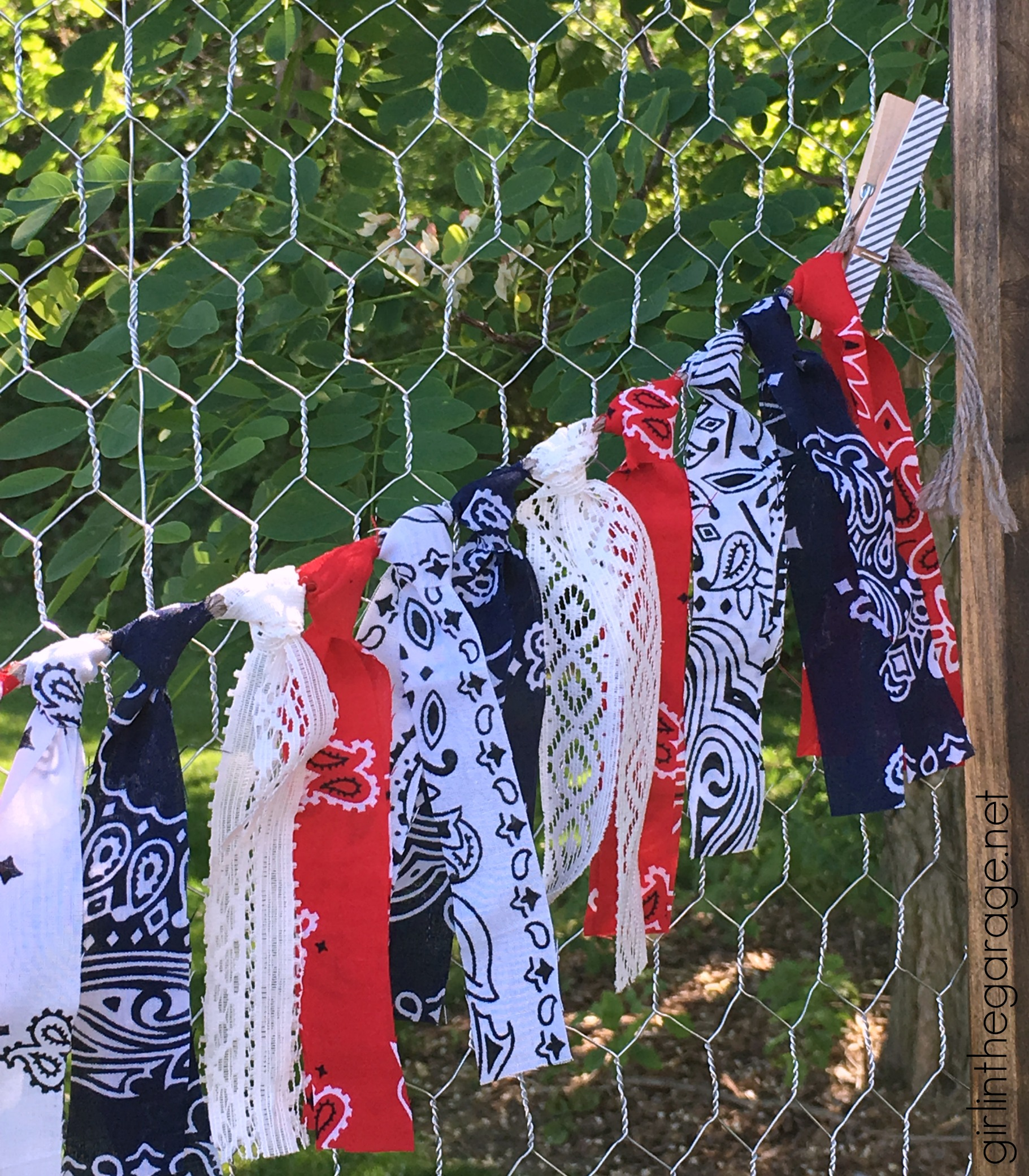 Patriotic Fabric Garland and How to Build a DIY Folding Display - by Girl (and Guy) in the Garage