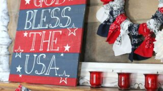 4th of July Mantel Decor