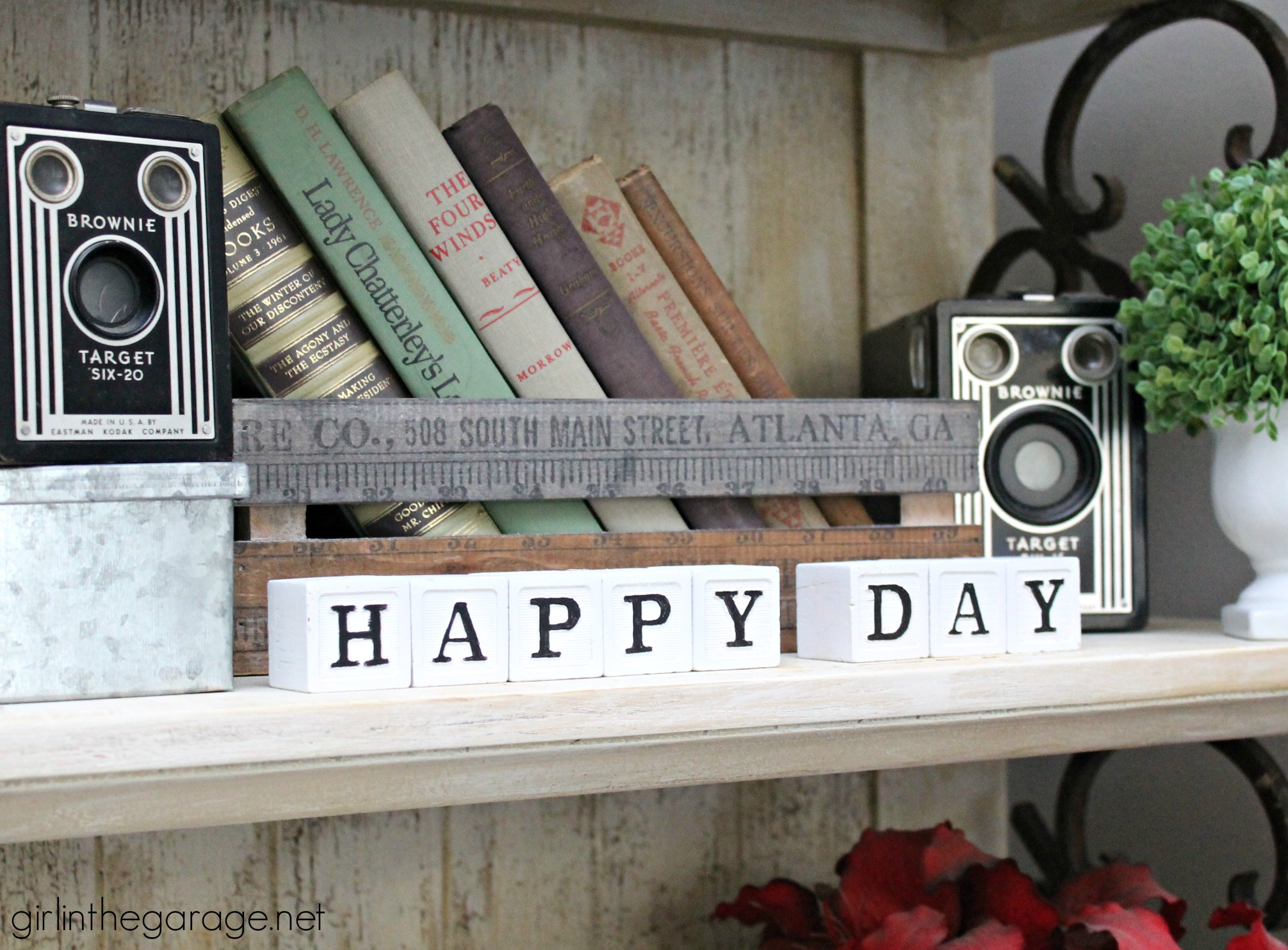 Turn old baby blocks into stylish grown up decor - display meaningful messages in your home. By Girl in the Garage