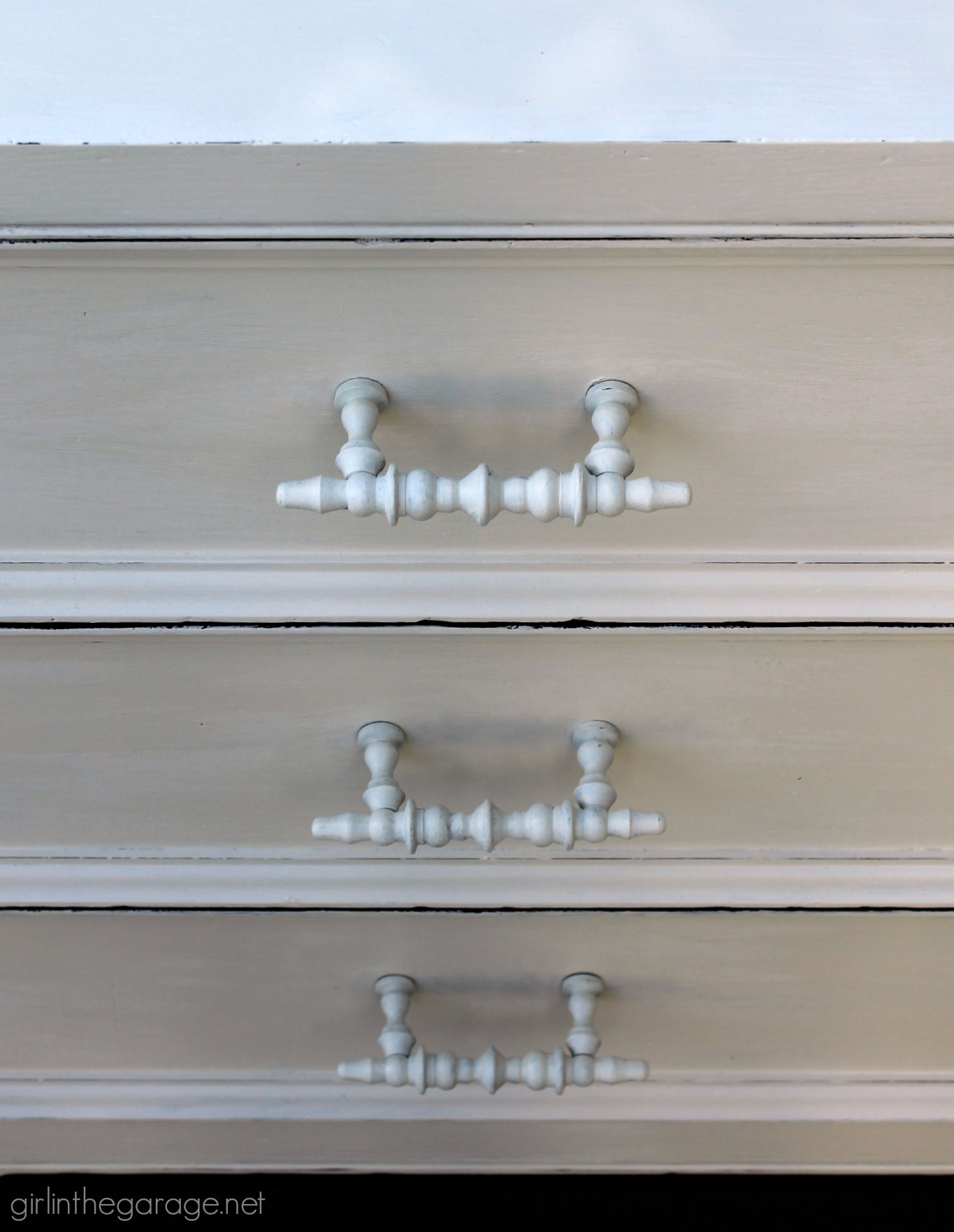 Henredon dresser makeover in Old White Chalk Paint by Annie Sloan - Girl in the Garage
