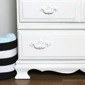 Have you gone ugly-furniture-blind? + Fresh Vintage Dresser