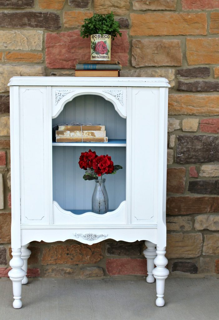 Repurposed antique radio cabinet makeover to bookcase - by Girl in the Garage