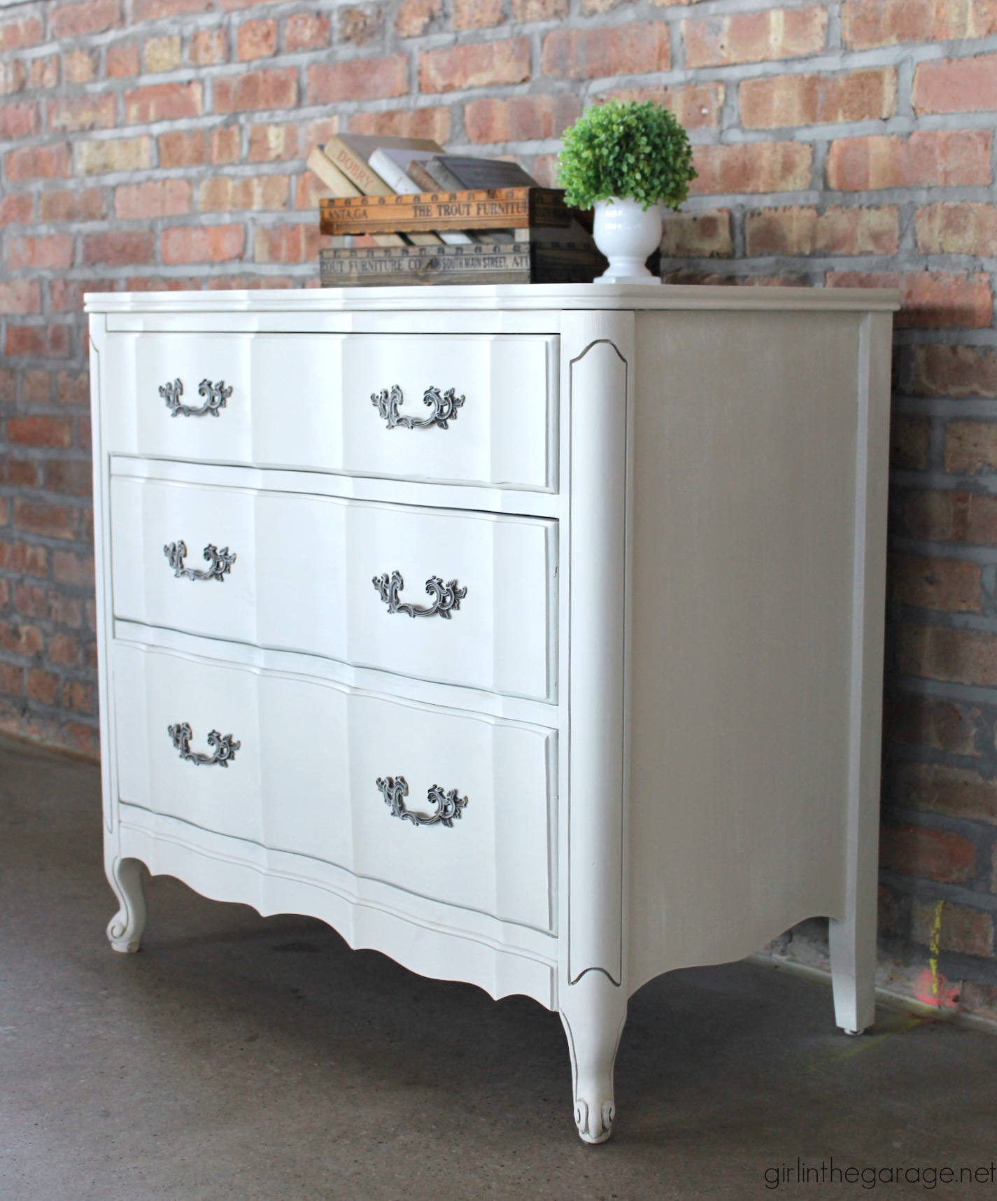 Vintage French Provincial Dresser Makeover Updated With Dry Brushed Paint Technique Using Fusion Mineral And