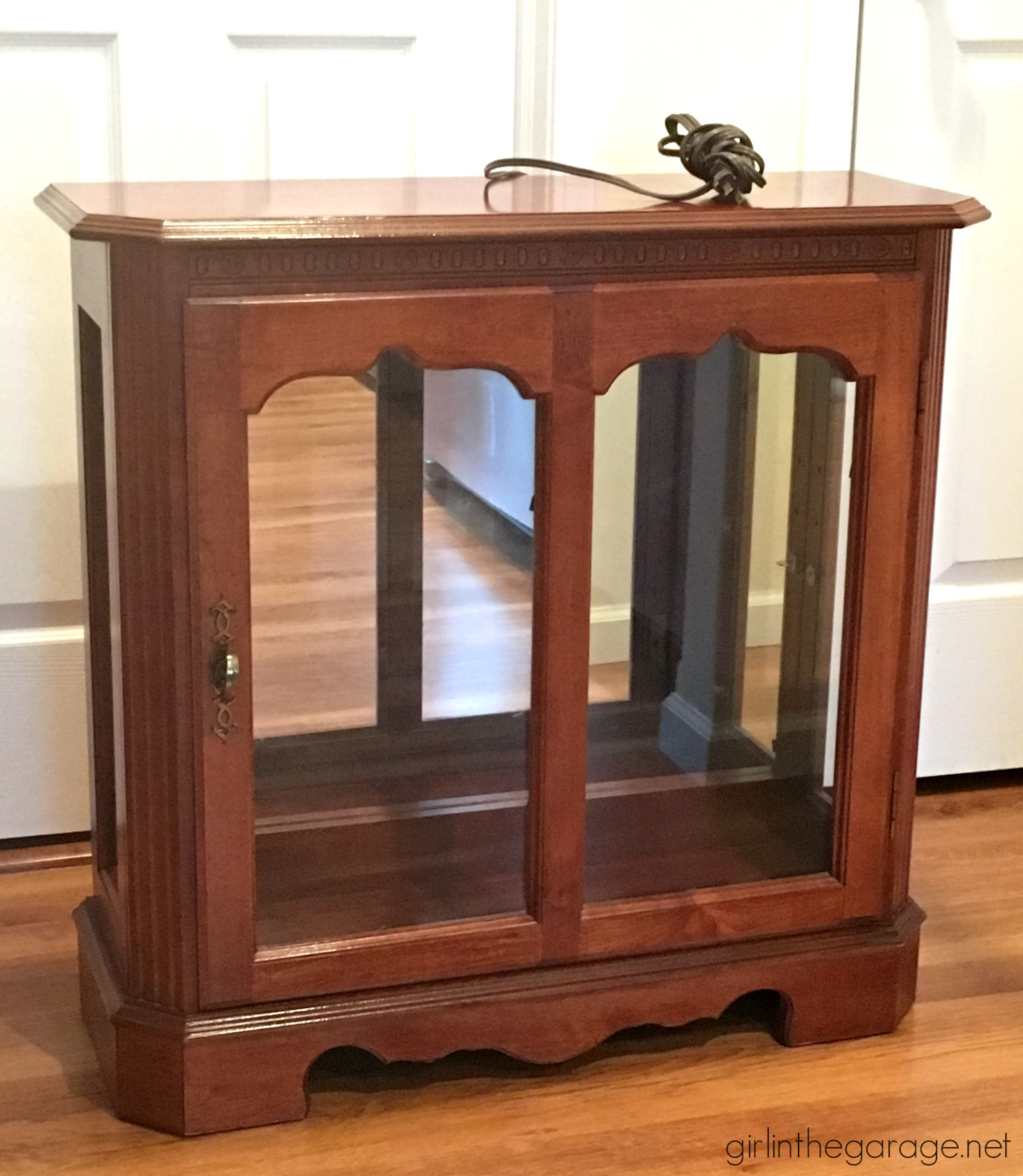 Diy Curio Cabinet Makeover With Chalk Paint How To Add Legs Furniture By