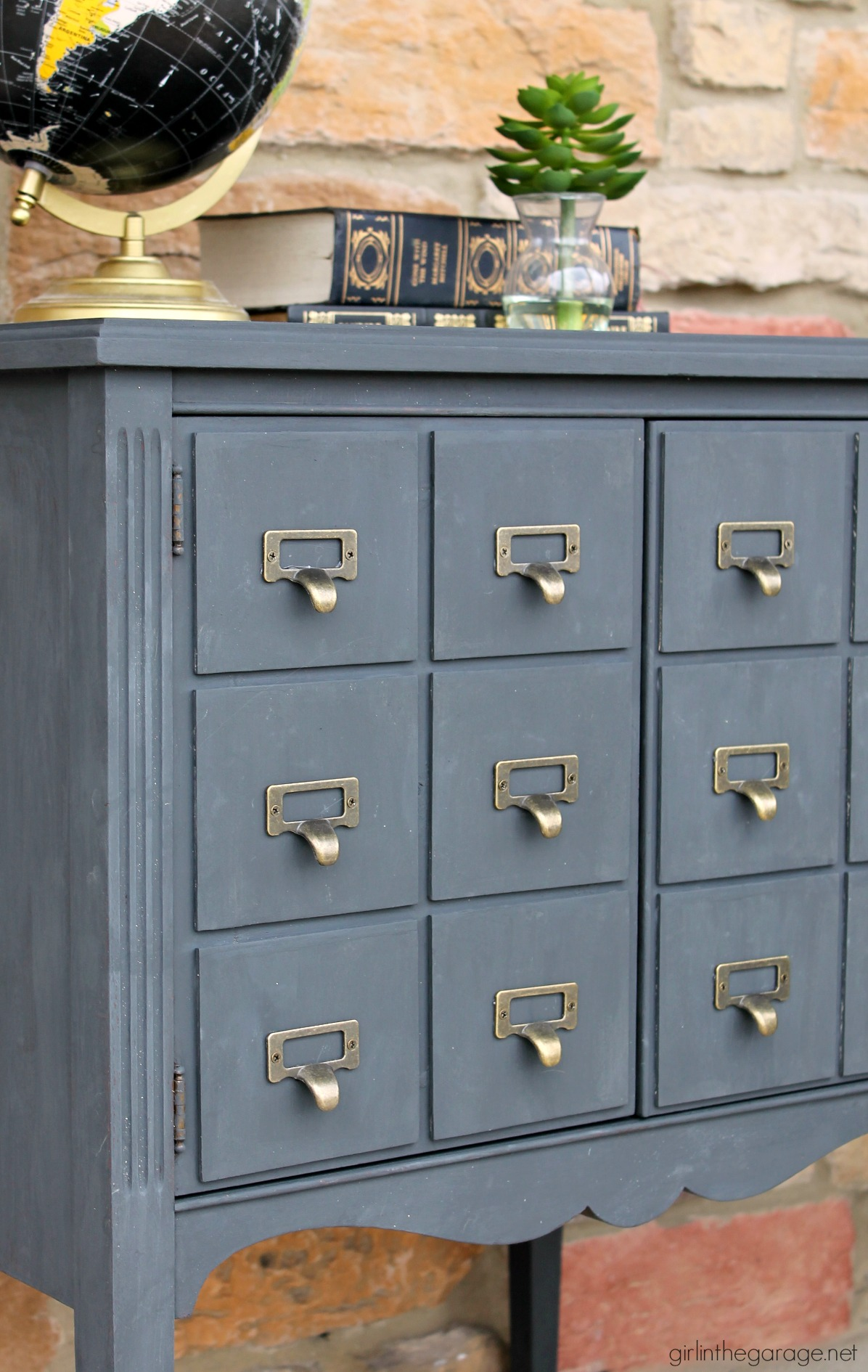 Sideboard Cabinet Makeover