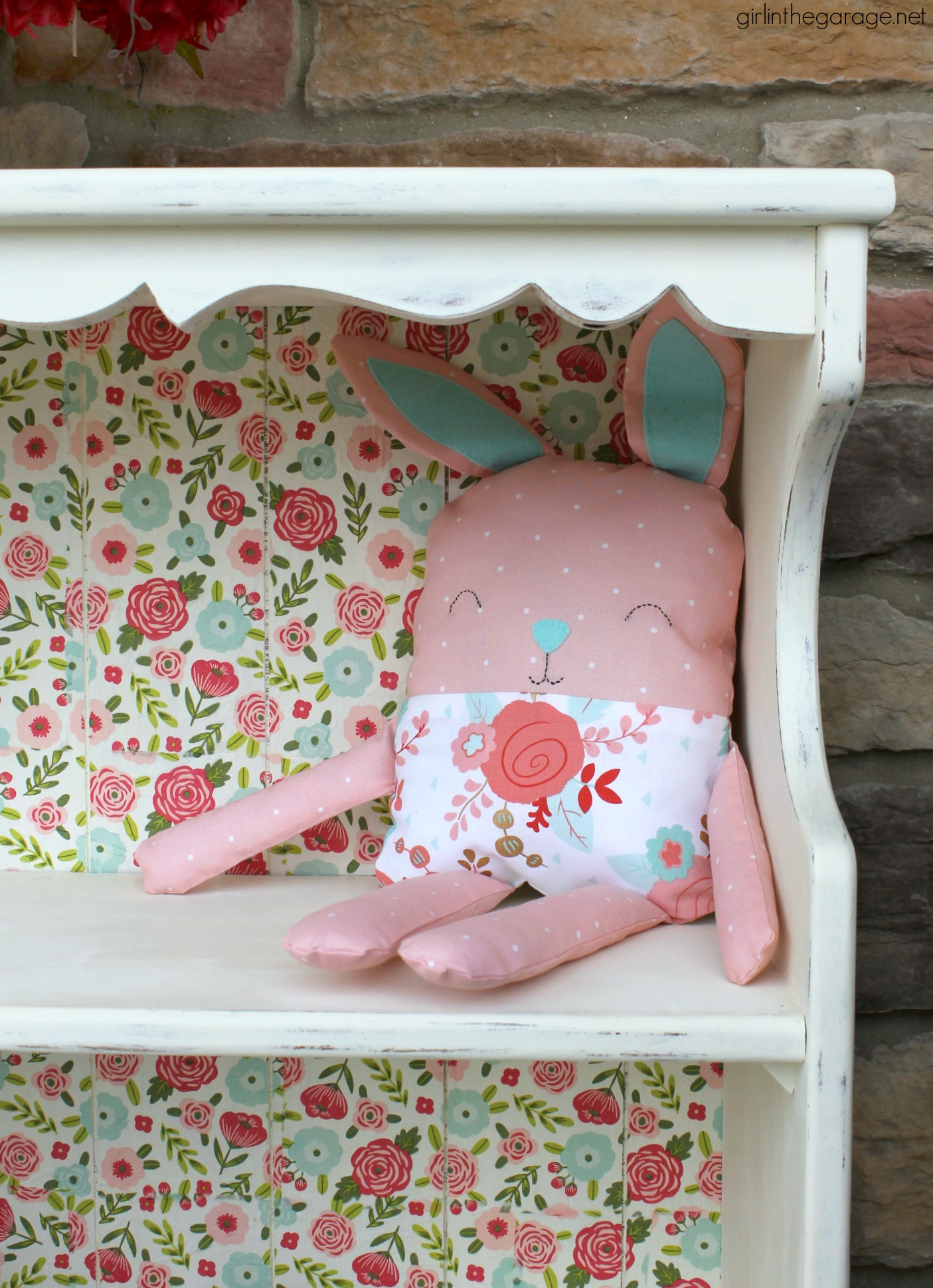 Vintage decoupage bookcase makeover with Chalk Paint, Mod Podge, and napkins - DIY tutorial by Girl in the Garage