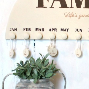 DIY Family Birthday Calendar