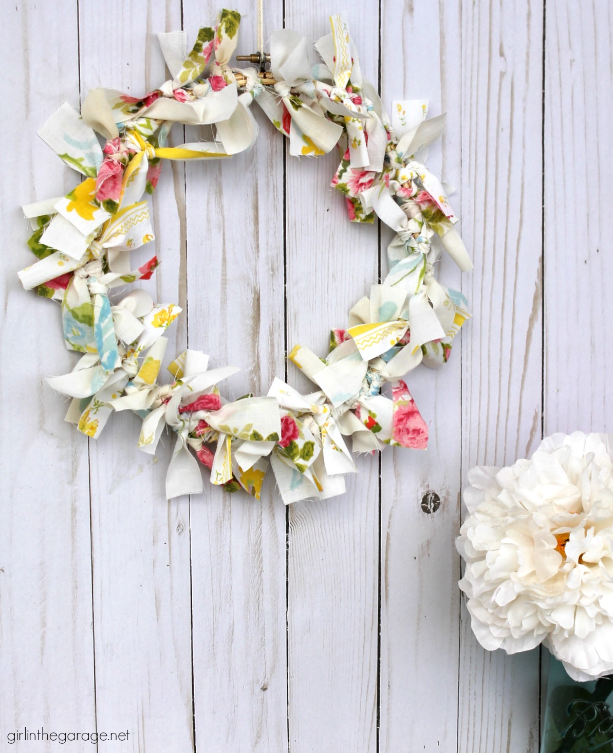 Make an easy DIY rag wreath for spring with vintage fabric - Step-by-step tutorial by Girl in the Garage