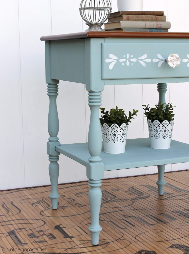 Ethan Allen nightstand makeover to charming stenciled table. DIY furniture makeover tutorial by Girl in the Garage.