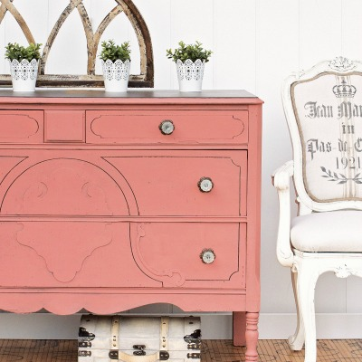 How to Chalk Paint Furniture: Ultimate Beginner's Guide to Chalk Painting