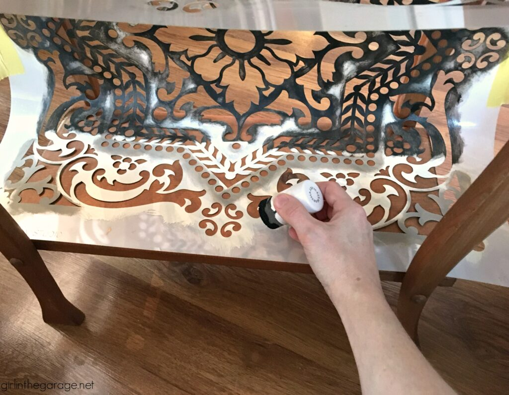 How to stencil a wood table - by Girl in the Garage