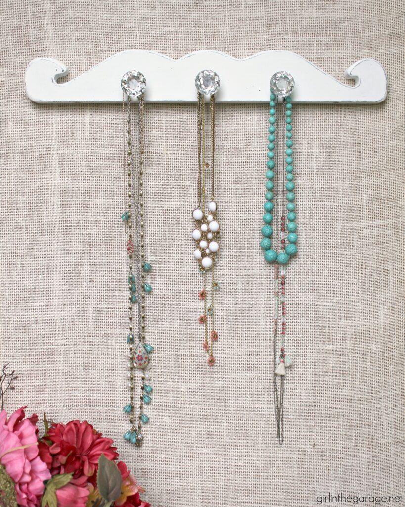 Vintage Diy Necklace Display Girl In