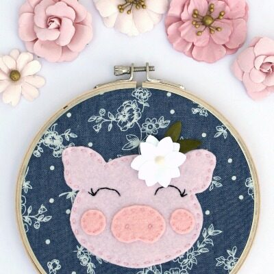 How to Make Cute + Easy Felt Embroidery Art