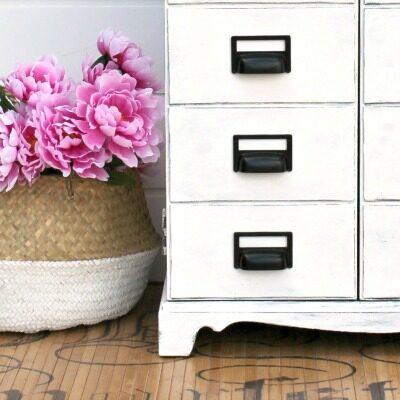 Pure White Chalk Paint Furniture Ideas