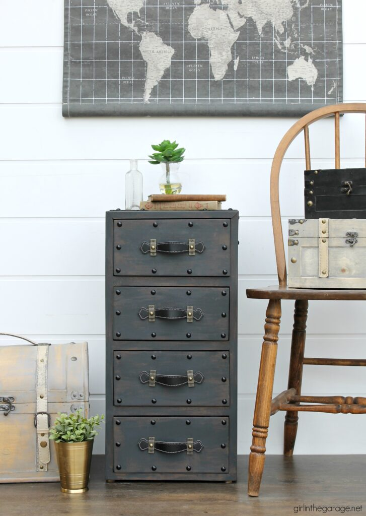 Create an antique steamer trunk with Chalk Paint and decorative accessories - this vintage trunk nightstand is stunning industrial decor. By Girl in the Garage