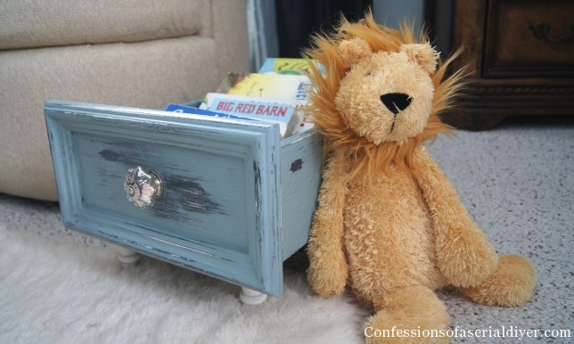 Repurposed drawer to book storage by Confessions of a Serial DIYer