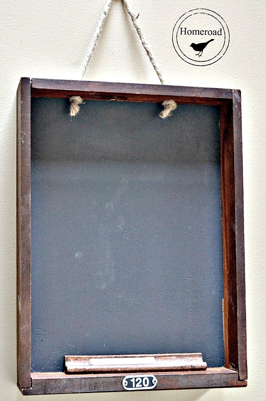 Old drawer repurposed to chalkboard by Homeroad